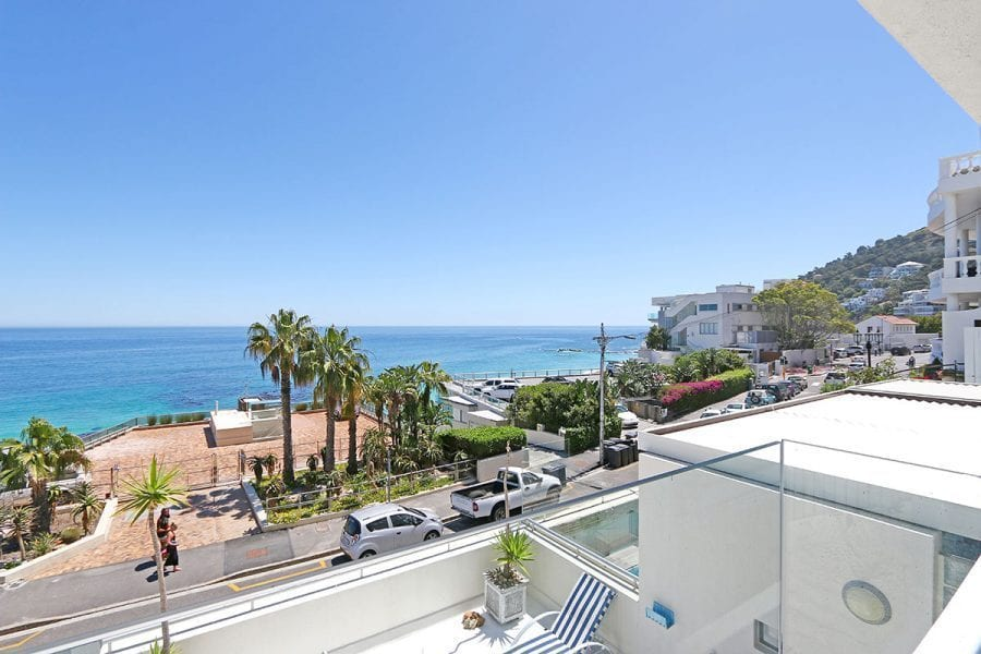 White Cliffs apartment Clifton Holiday Apartments Luxury Accommodation3