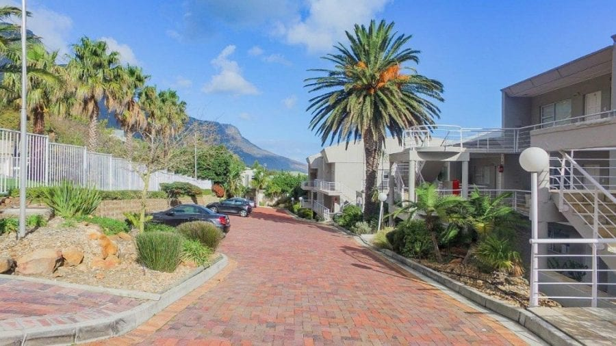 Oceana 17 • Camps Bay Accommodation Self Catering • CTV