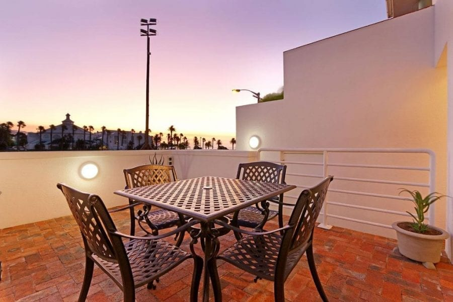 13 The Meadway Camps Bay Beach Apartment3