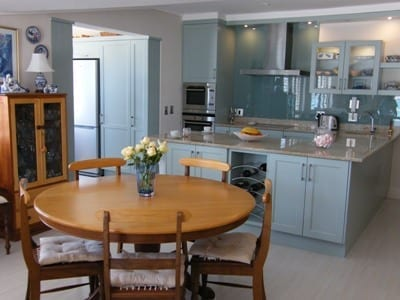 46 The Village hout bay accommodation self catering0