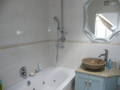 46 The Village hout bay accommodation self catering2