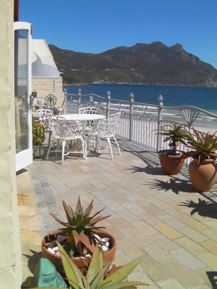 46 The Village hout bay accommodation self catering4