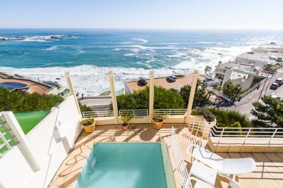 15 Victoria • 5 Bedroom Clifton Holiday Villa Cape Town • CTV