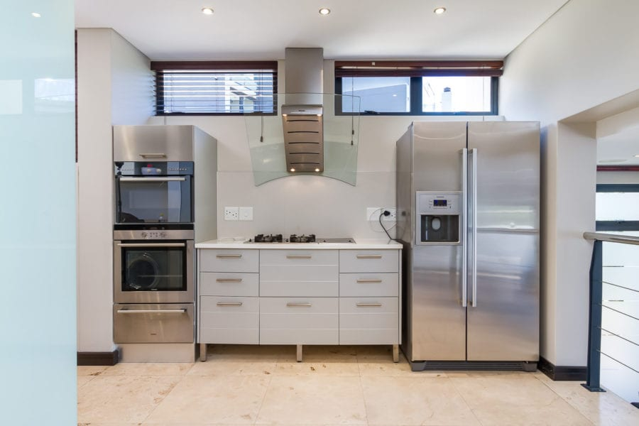 17 Houghton Rd Camps Bay10