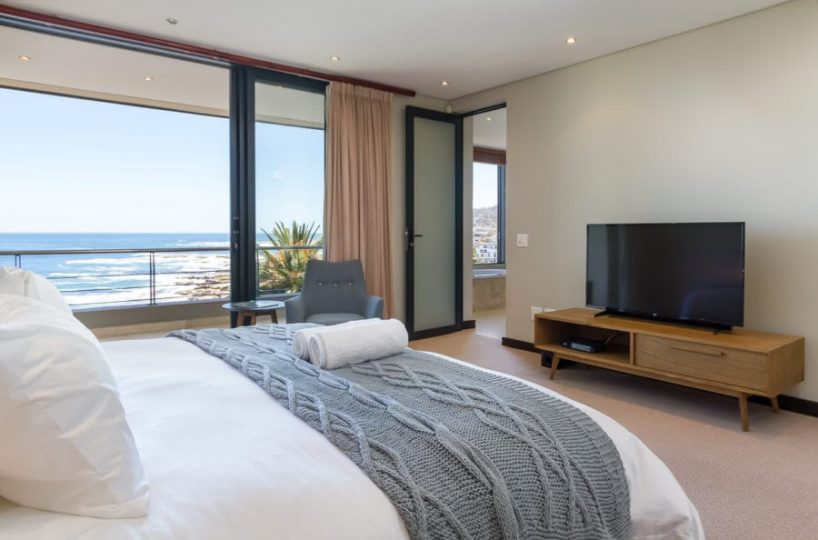 17 Houghton Rd Camps Bay4