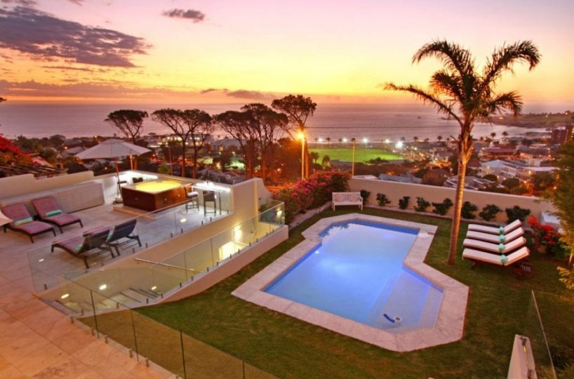 Villa Galazzio Camps Bay • 6 Bedroom Villa With Jacuzzi & Heated Pool