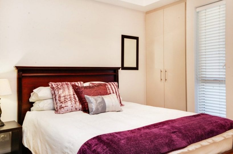 404 Canal Quays Apartment V&A Waterfront1