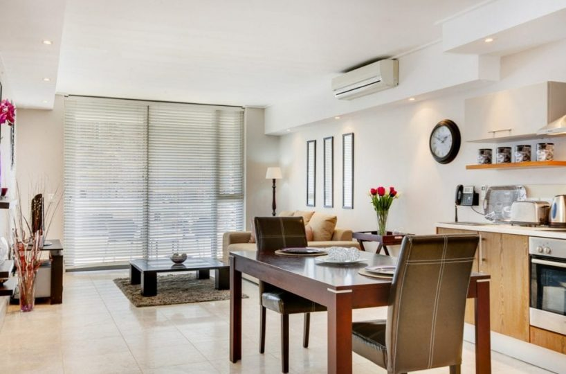 404 Canal Quays Apartment V&A Waterfront4