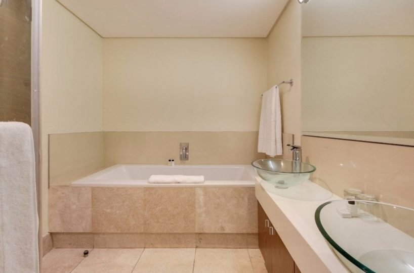 507 Canal Quays Apartment Cape Town 1