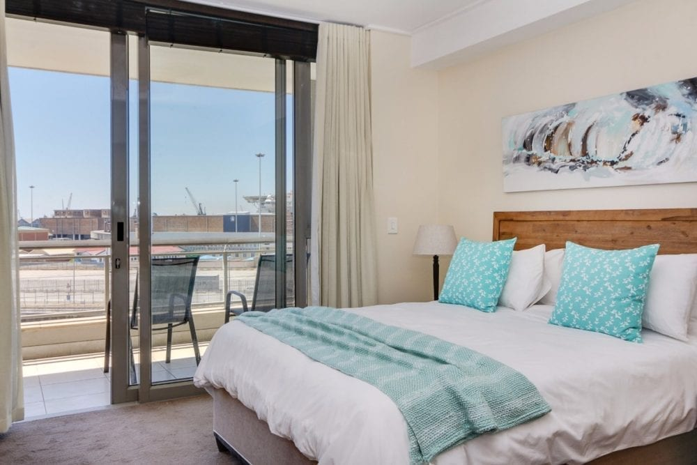507 Canal Quays Apartment Cape Town 10