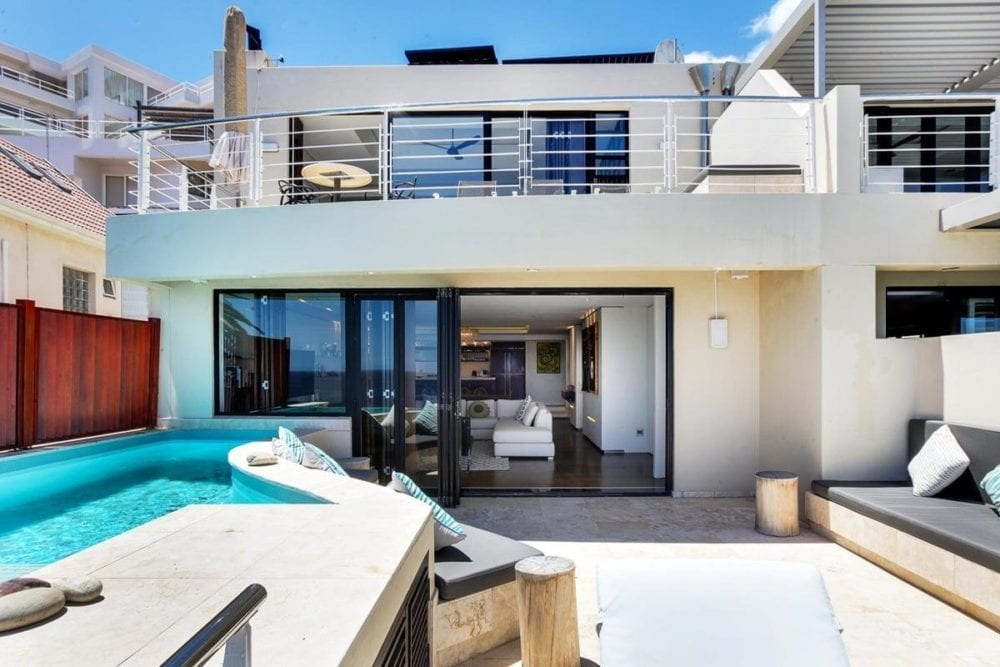 Barley Bay • Luxurious Two storey Bakoven Apartment Near the Beach