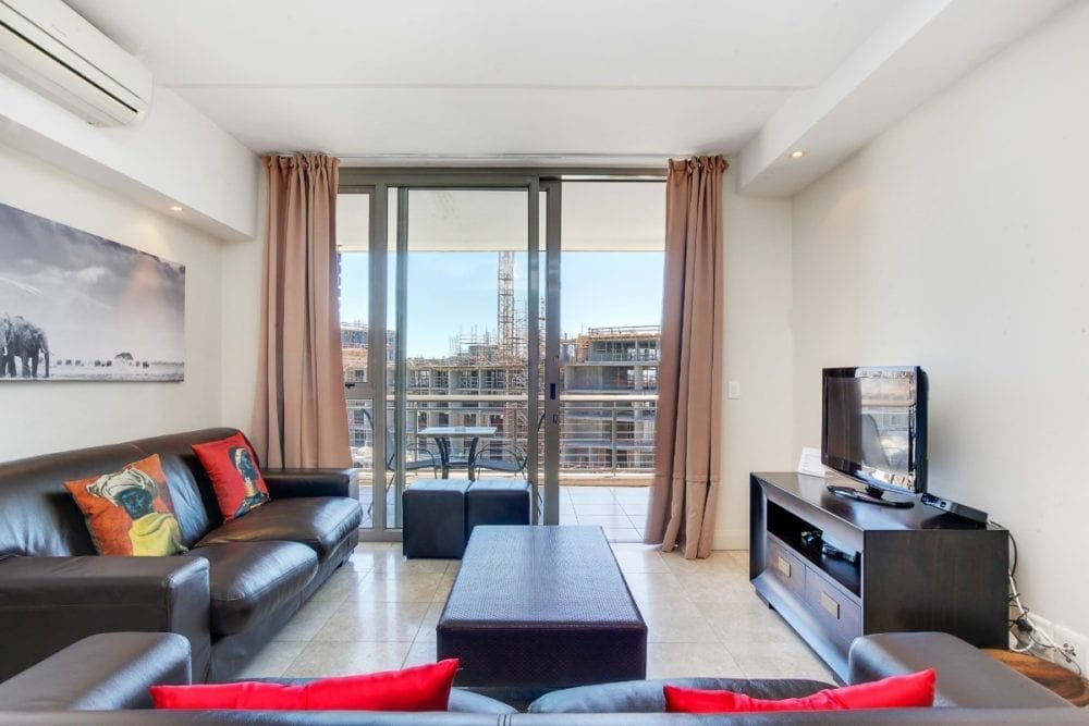 Canal Quays 706 • Foreshore accommodation in Cape Town