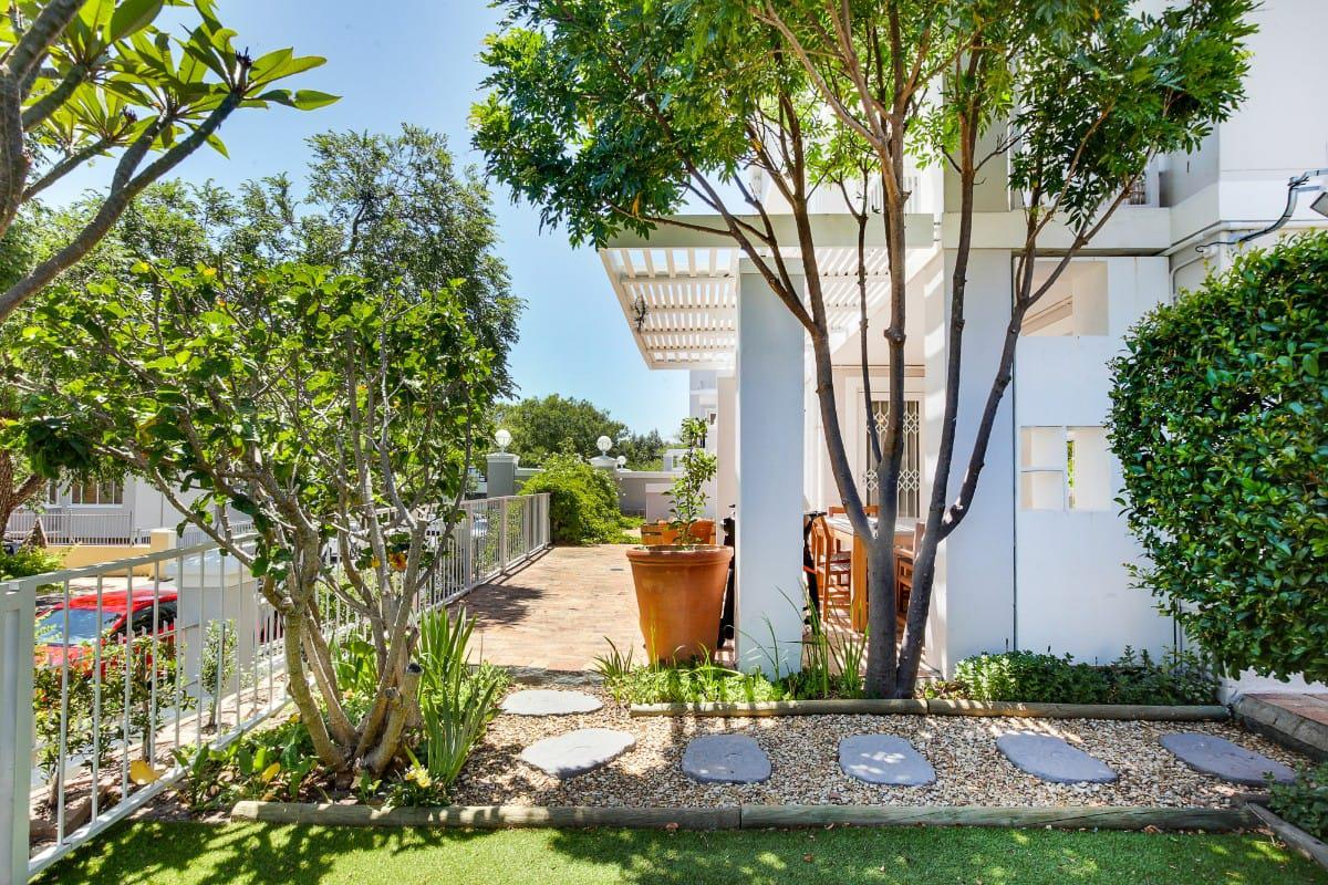 Sutton Place Gardens Cape Town Accommodation 1
