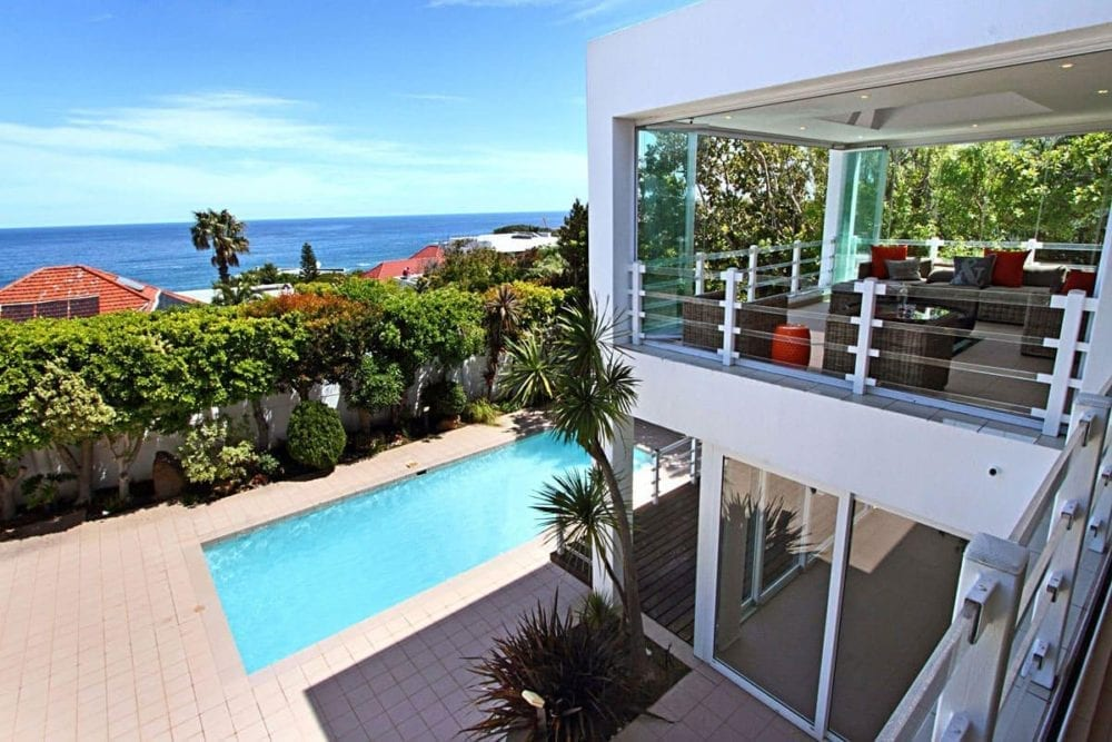 The Meadows • 6 Bedroom Camps Bay Holiday Home