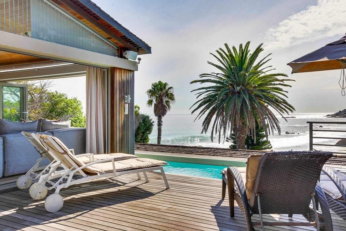 Bungalow 25 on 3rd Beach Clifton 18