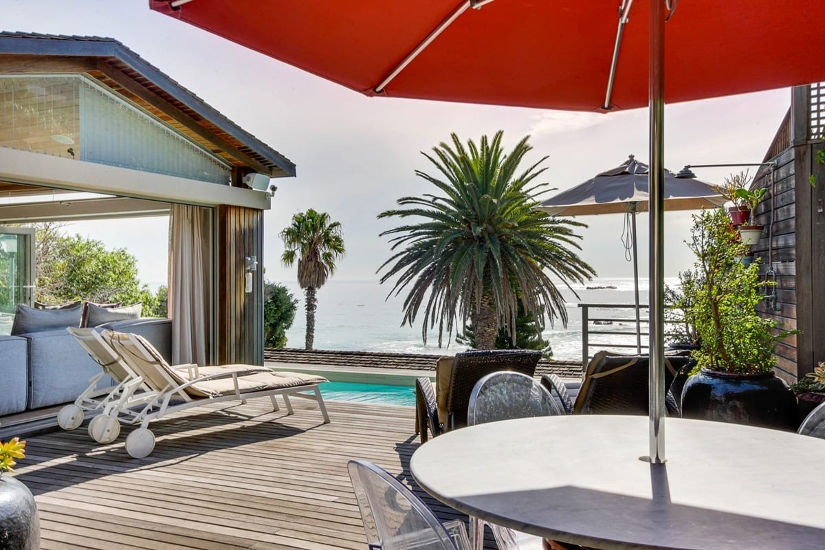 Bungalow 25 on 3rd Beach Clifton 21