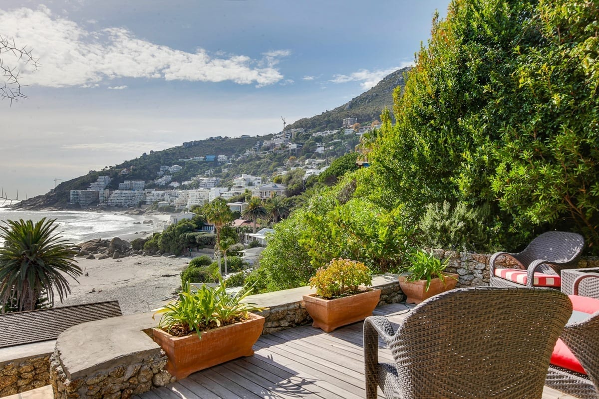 Bungalow 25 on 3rd Beach Clifton 22