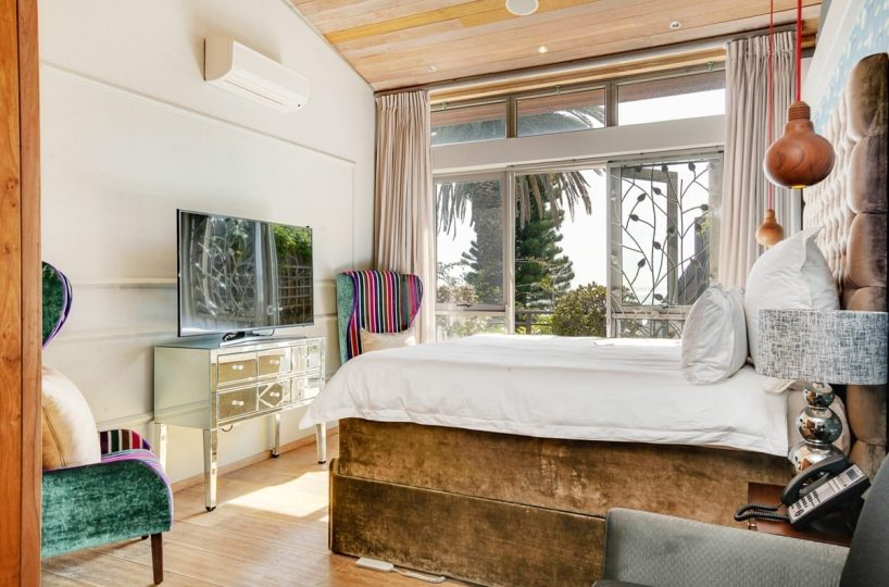 Bungalow 25 on 3rd Beach Clifton 3
