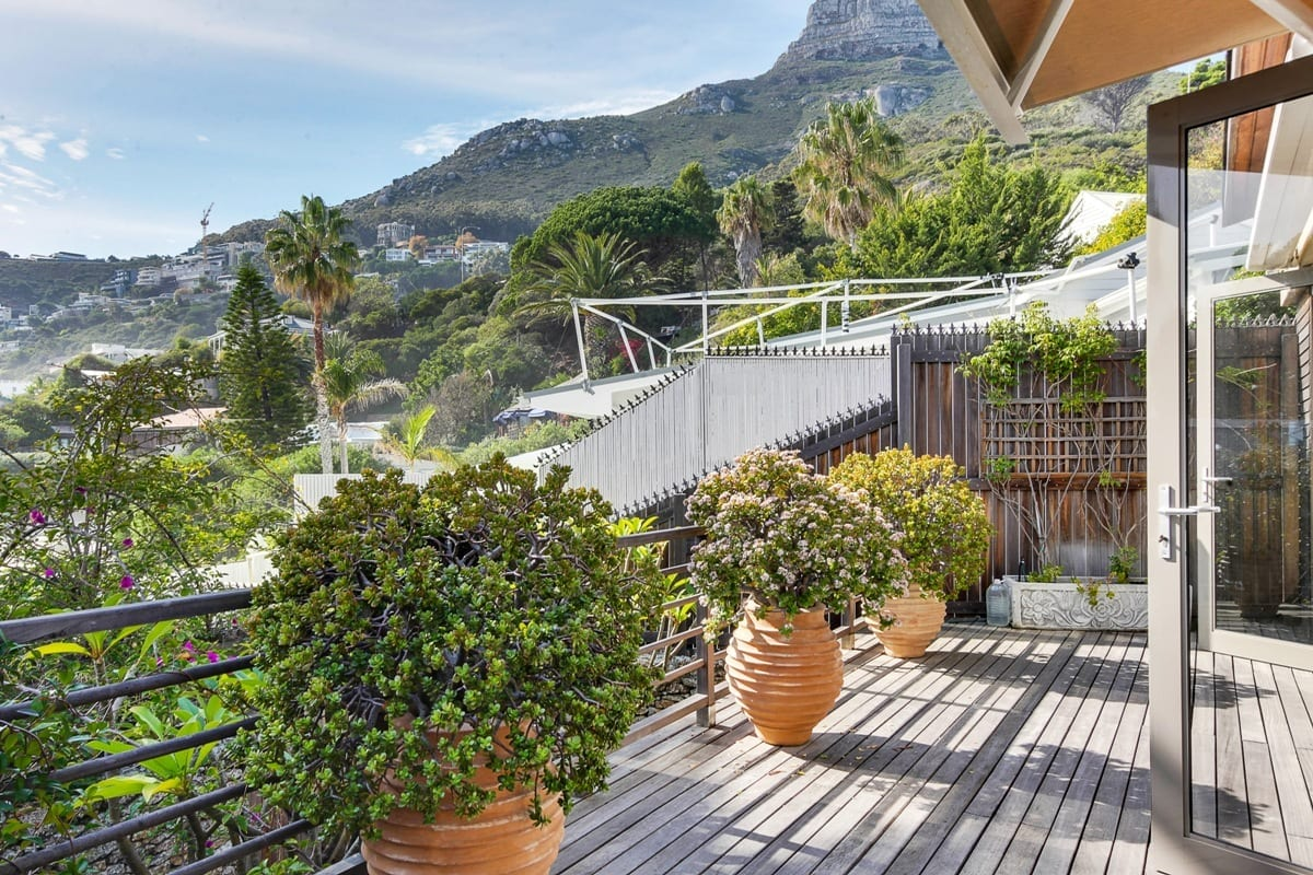 Bungalow 25 on 3rd Beach Clifton 5