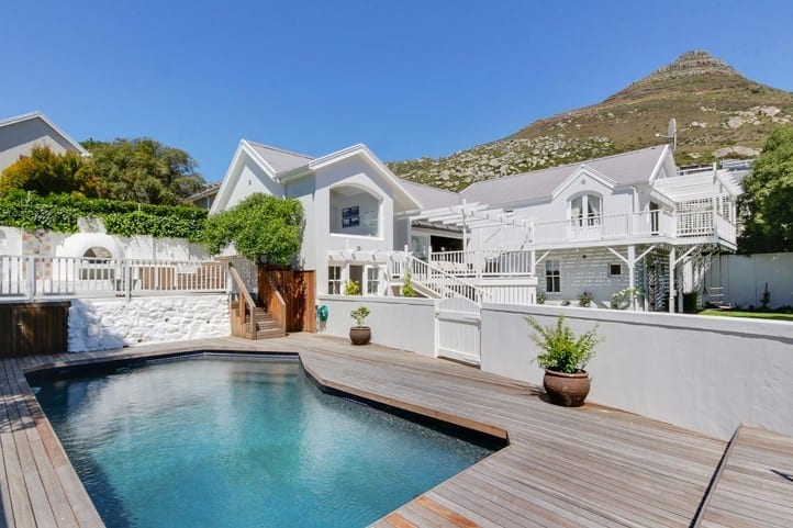 Beach Retreat • Self-catering Llandudno Accommodation in Cape Town