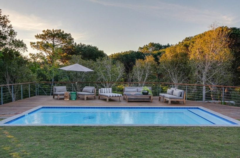 Shanklin Villa • 5 Bedroom Contemporary holiday villa in Camps Bay