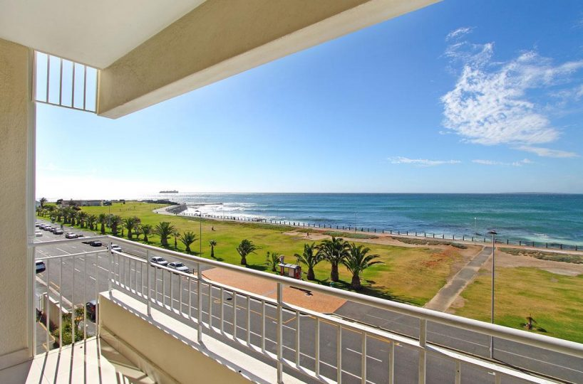 Westridge 405 • Mouille Point Self Catering Accommodation