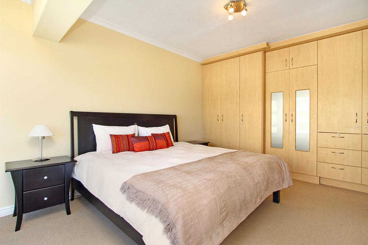 Westridge Mouille Point Accommodation 12