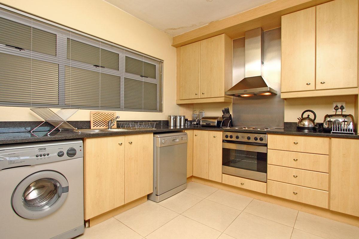 Westridge Mouille Point Accommodation 8