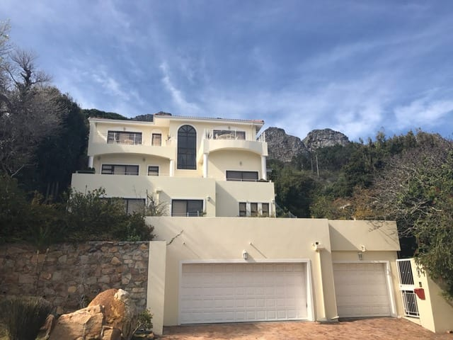 14 Ingleside Rd Camps Bay 24