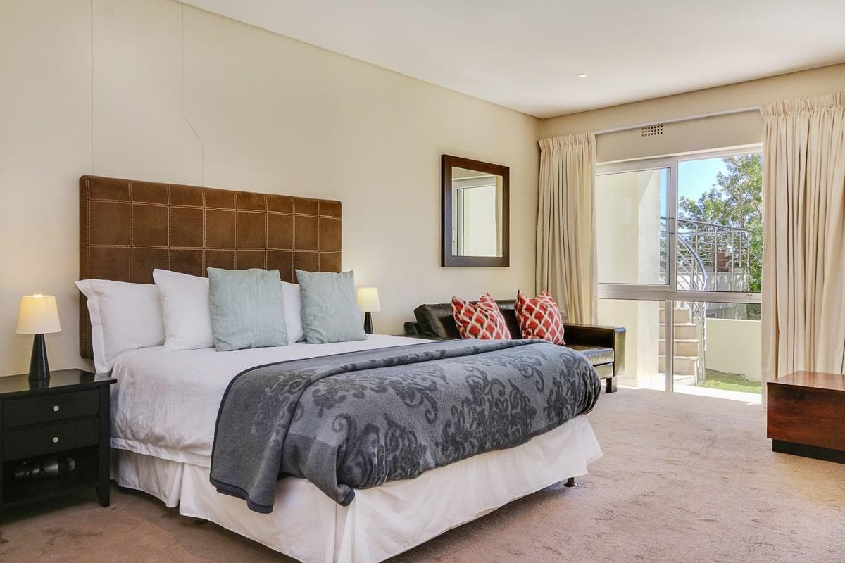 100 Geneva Drive Camps Bay 7 Bed Villa 24
