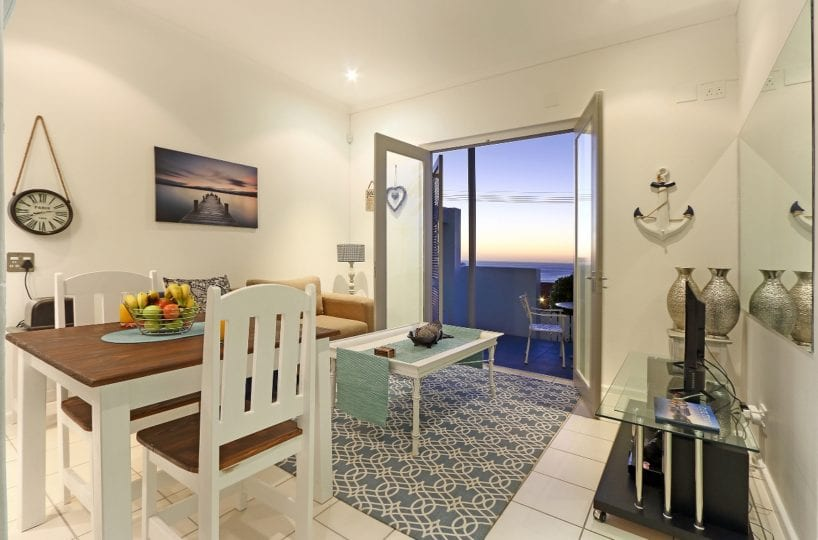 Indigo Bay – The Boat Camps Bay 2