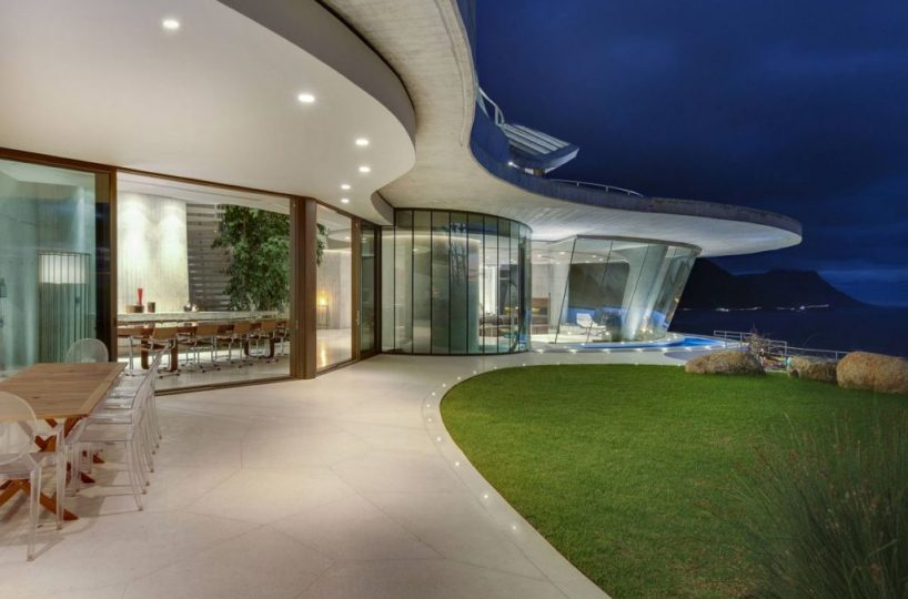 Iron Man House AKA Pengilly House in Clifton Cape Town 10