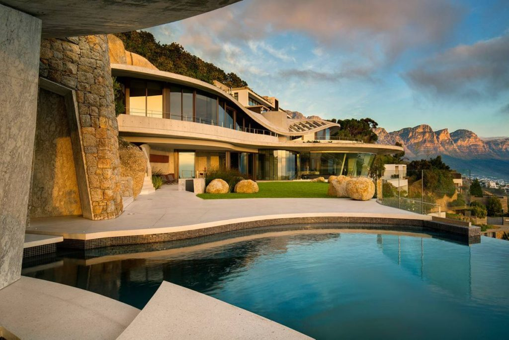 Iron Man House AKA Pengilly House in Clifton Cape Town 28