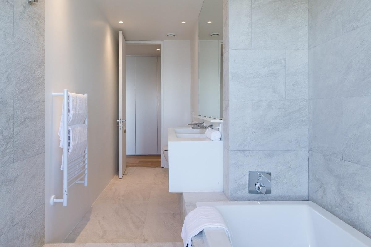 Onyx Camps Bay 15