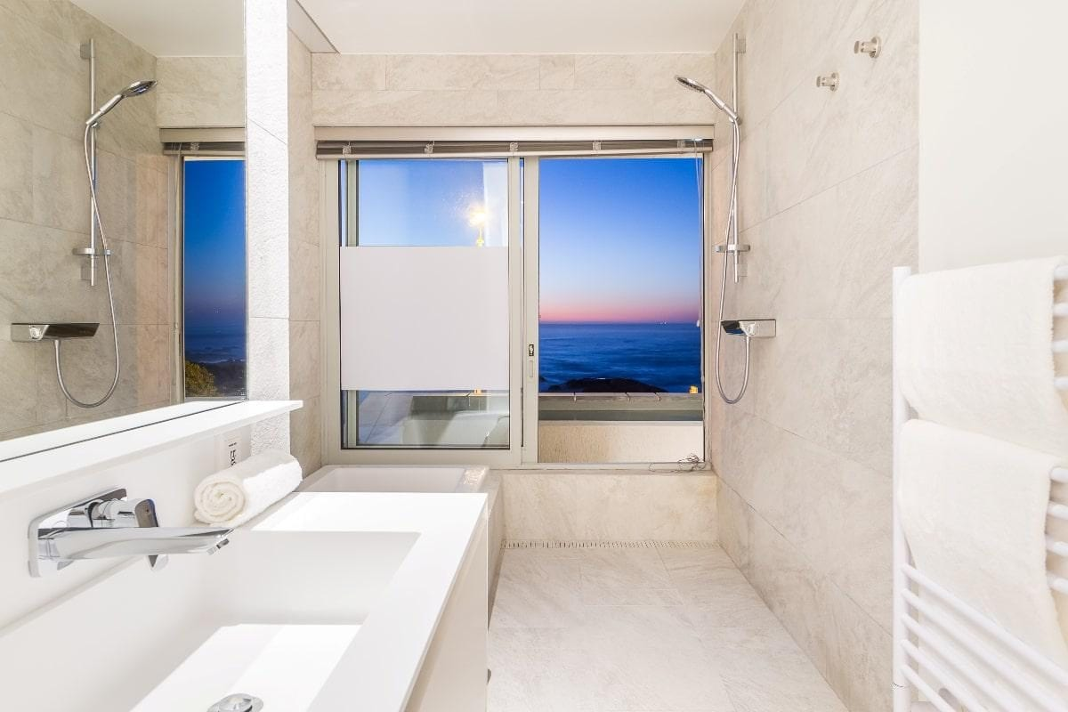 Onyx Camps Bay 9