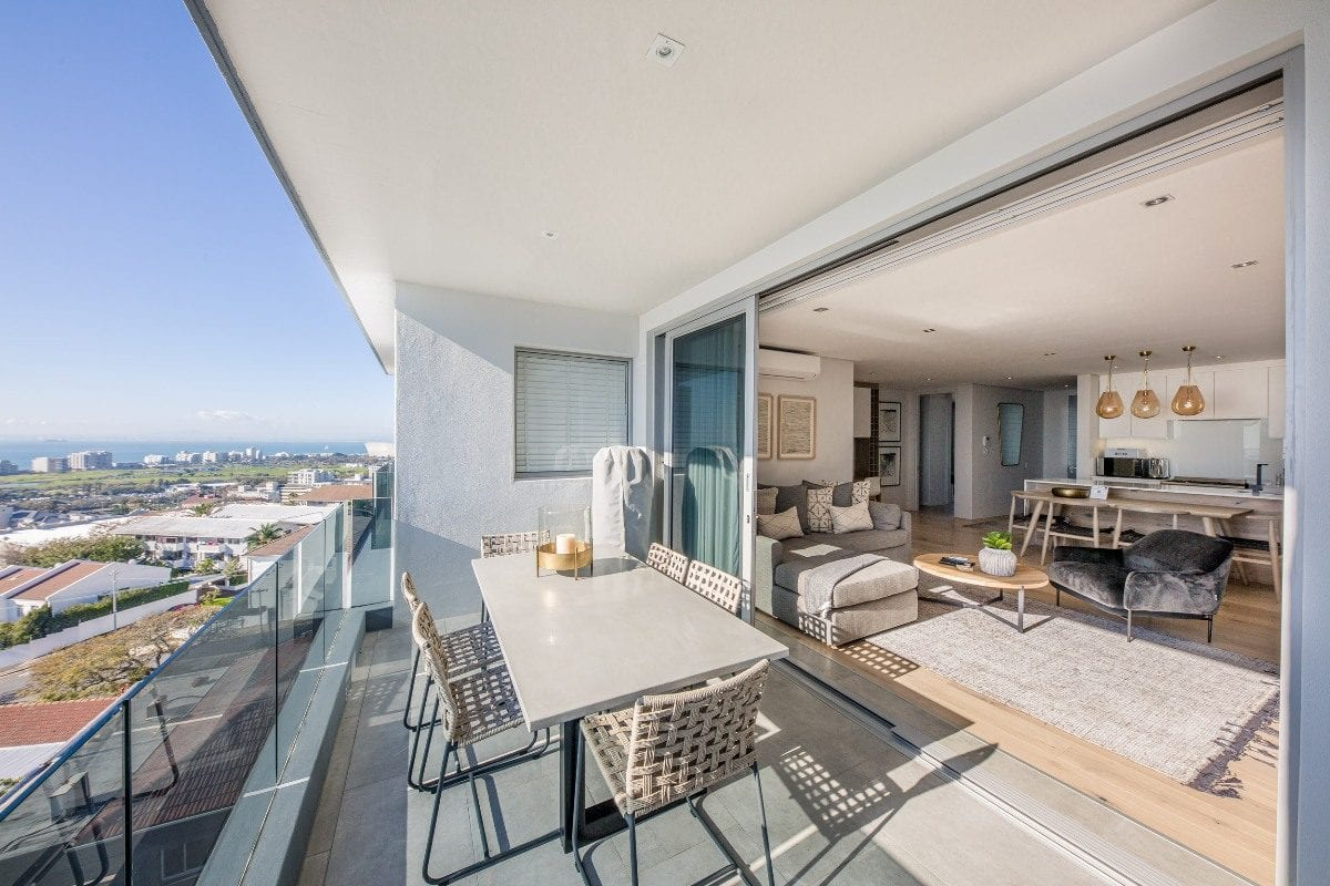 Penthouse on B Sea Point 14