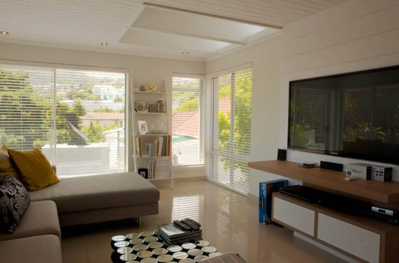 central-drive-central-drive-living-area-tv-16074485