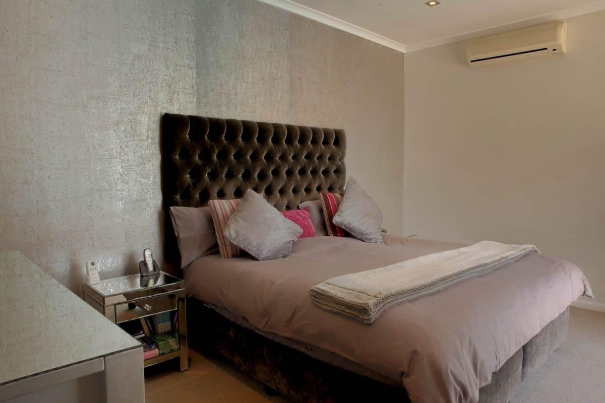 central-drive-central-drive-master-bedroom-16074477