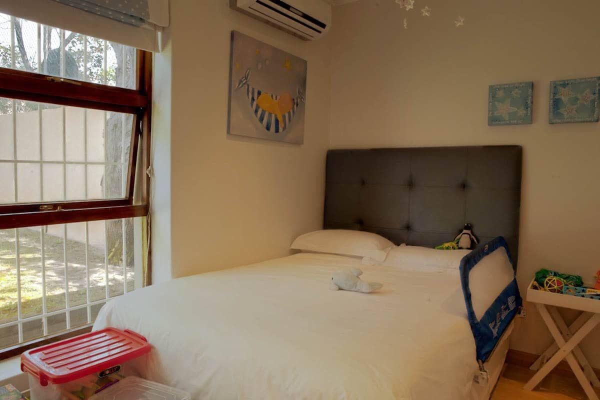 central-drive-central-drive-second-bedroom-16074479