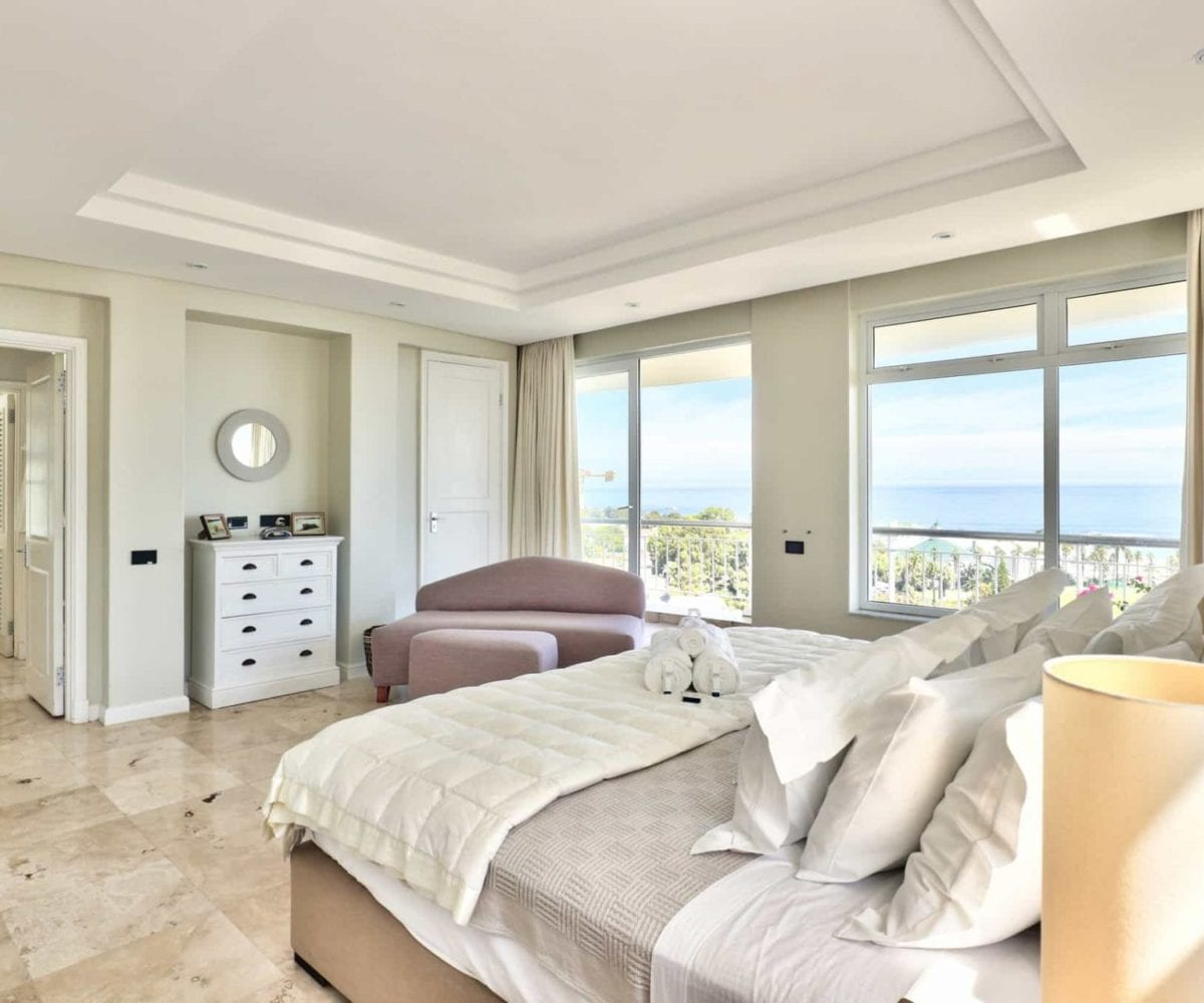14 Tree Road Villa Camps Bay 7