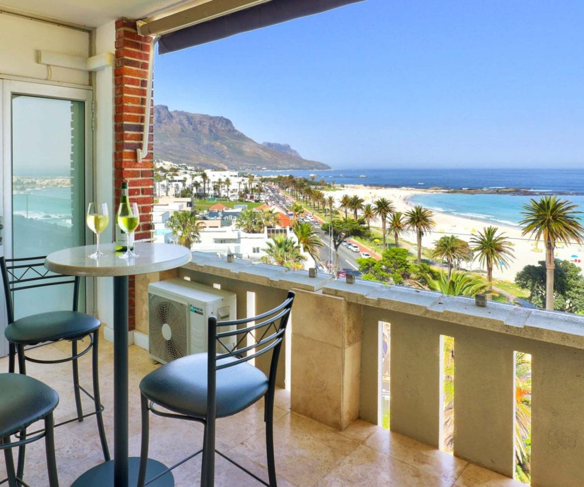 Cloud 9 Camps Bay holiday apartment0