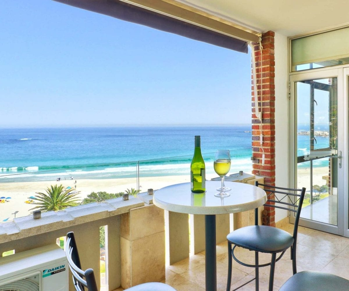 Cloud 9 Camps Bay holiday apartment1
