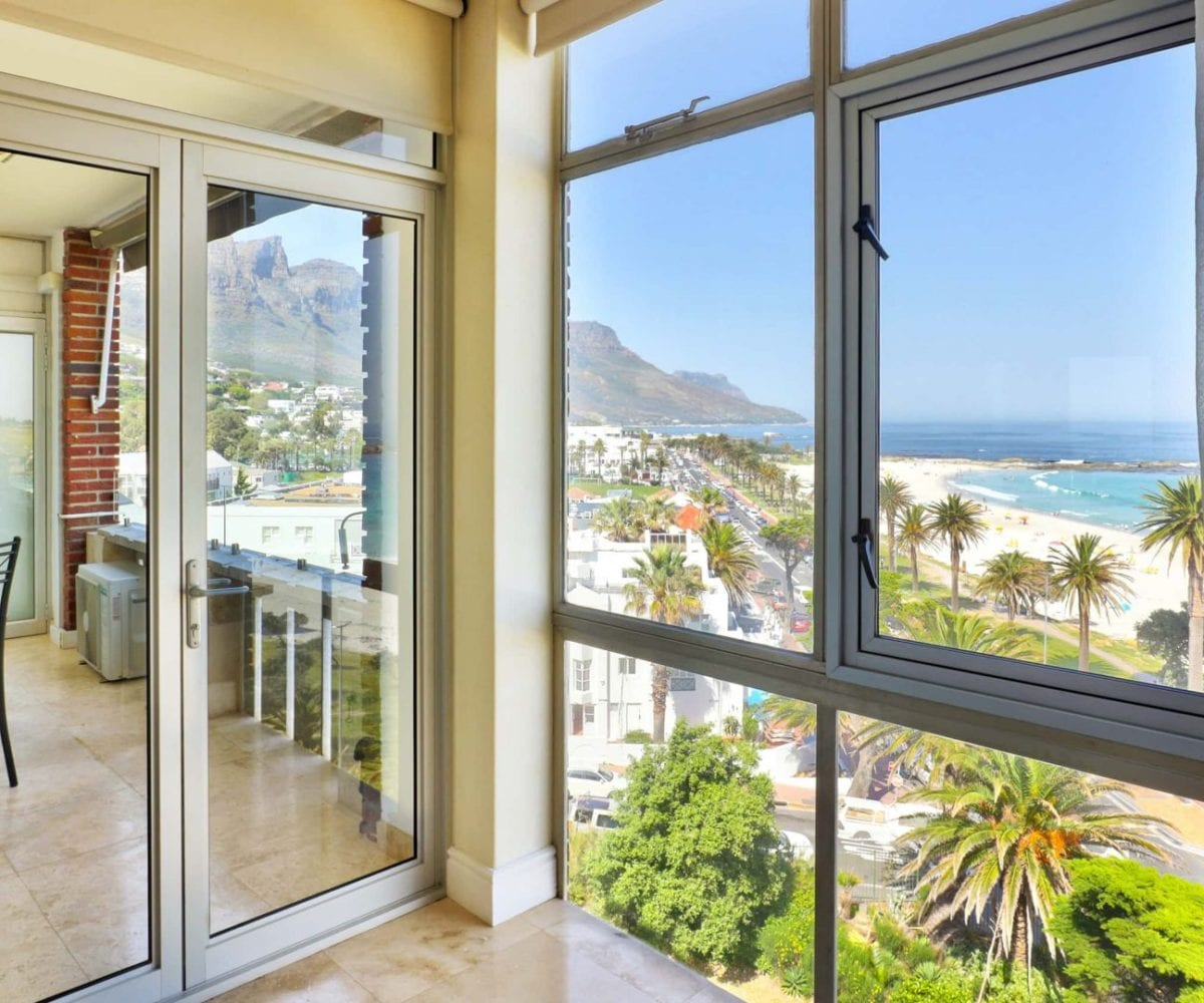 Cloud 9 Camps Bay holiday apartment13