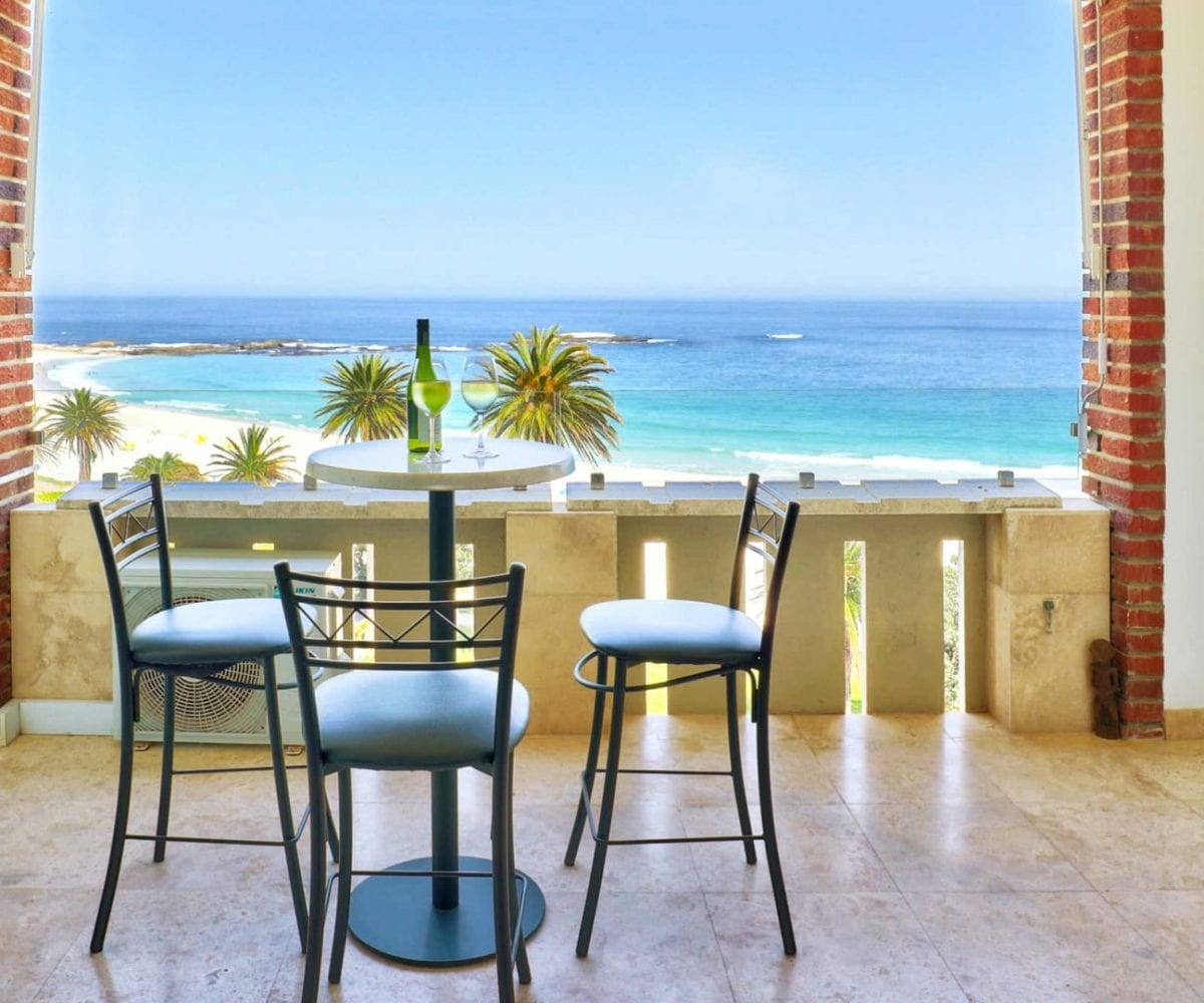 Cloud 9 Camps Bay holiday apartment2