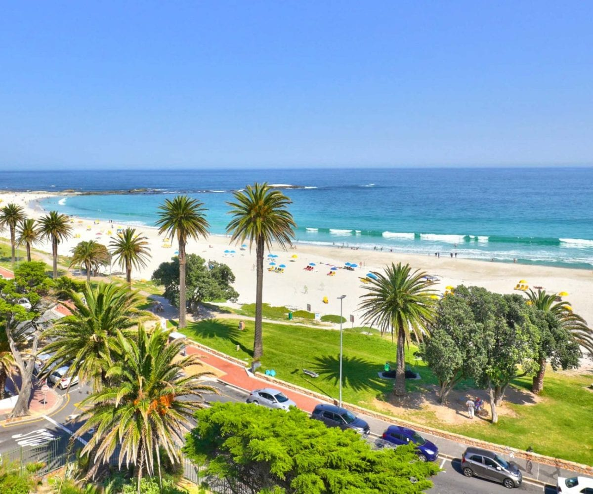 Cloud 9 Camps Bay holiday apartment23