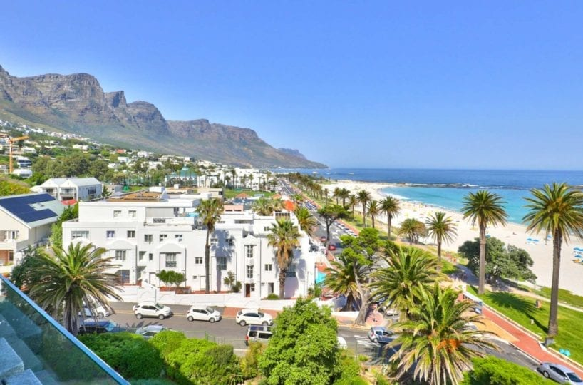Cloud 9 Camps Bay holiday apartment24
