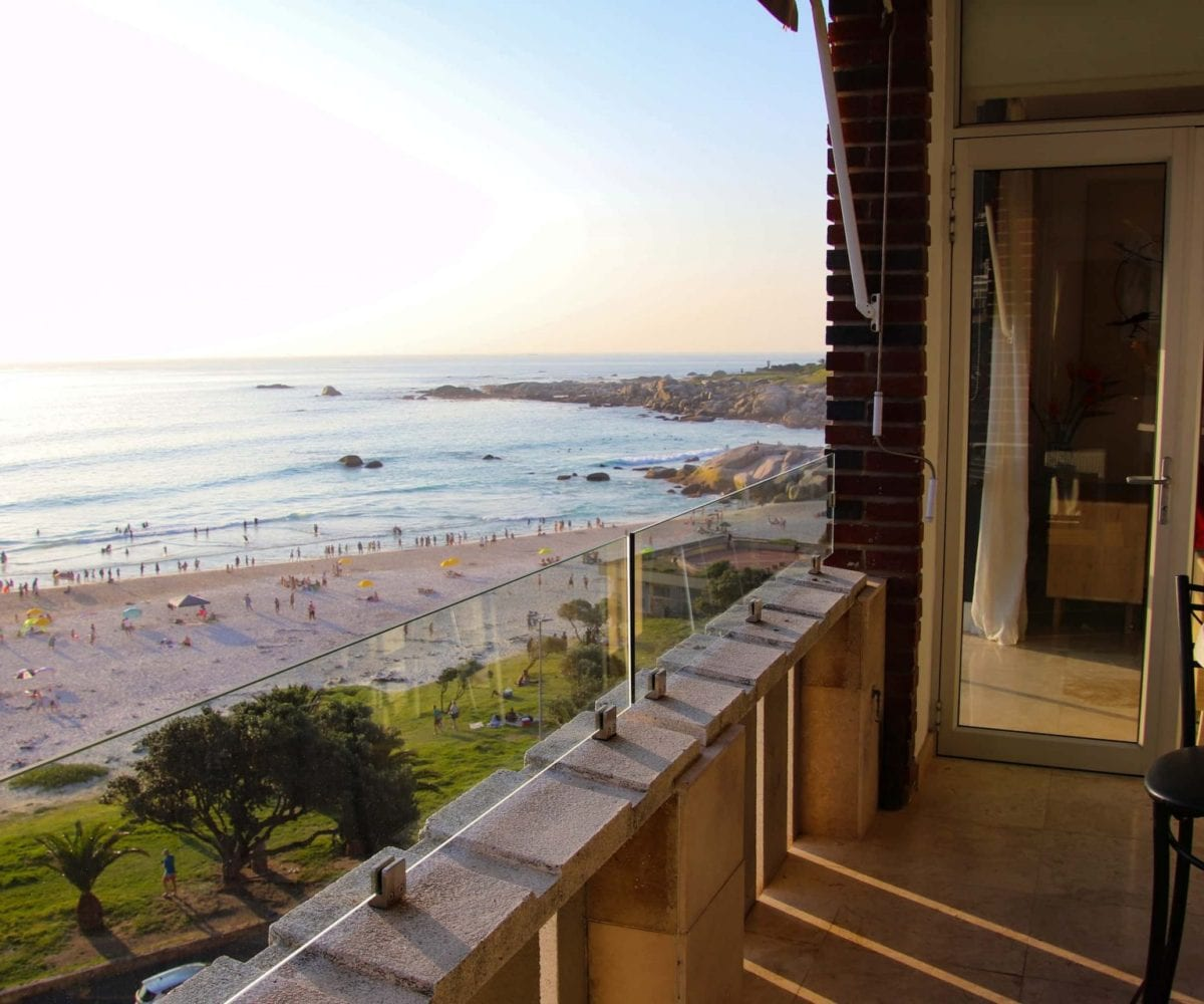 Cloud 9 Camps Bay holiday apartment29