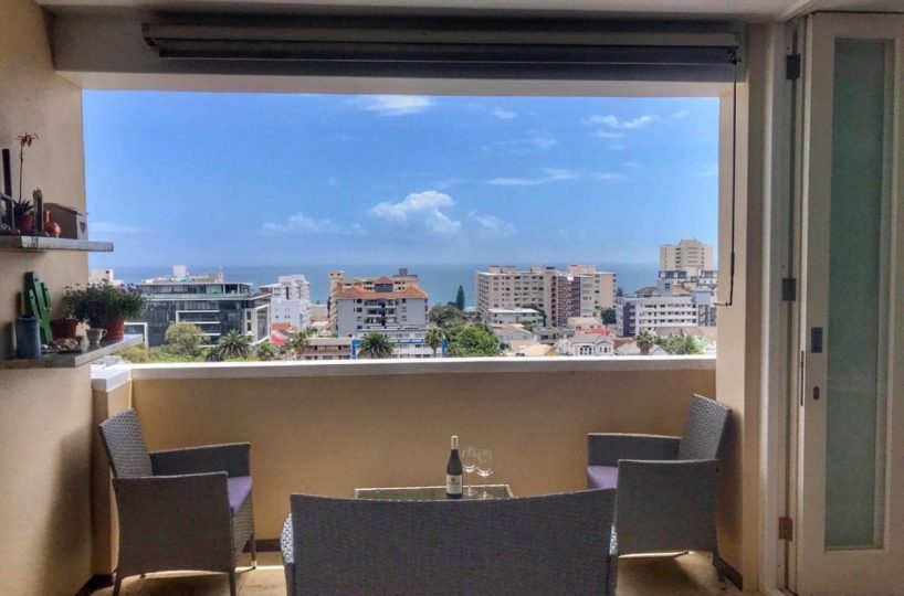 Sea Point Holiday Apartment2