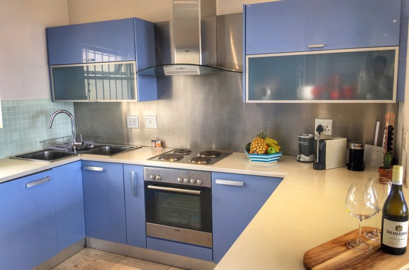 Sea Point Holiday Apartment3