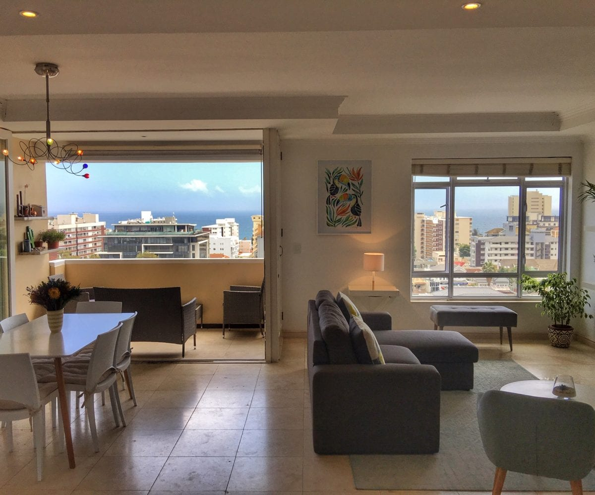 Sea Point Holiday Apartment5